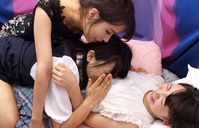 『女の子同士で…恥ずかしいよぉ!』素人娘2人組をレズナンパ!真木今日子と3Pレズ乱交ファックで濃厚に絡みあう!
