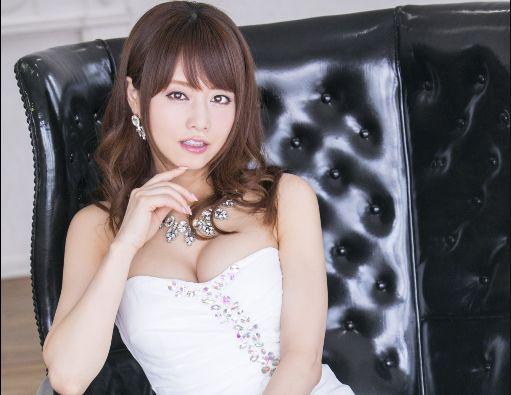 『そんな激しいの…ダメェ♡』吉沢明歩がイメクラ嬢になって夜這いプレイ!即ハメ本番ファックで口内にどっぷり射精!