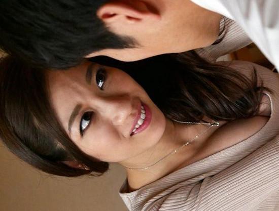 『チュパッ!ん♡もっとちょうだぁい♡』美人若奥様が男を誘惑しベロキス!夫を裏切り舌を絡める淫靡な浮気ファック!