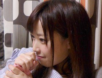 『特別だからね…挿いれていいよ♡』オナクラ店の人気No.1嬢を口説いて生ハメ成功!激しいセックス姿を隠し撮り!