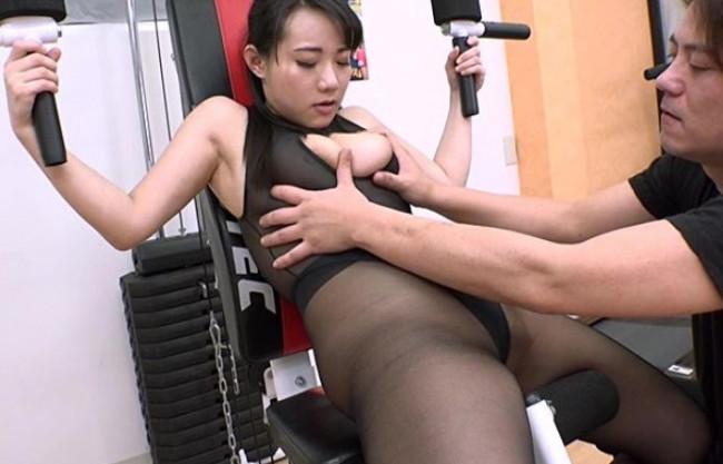 【澁谷果歩】巨乳美女のムチムチボディがセクハラの餌食に!変態トレーナーにチンポをブチ込まれ悶絶!
