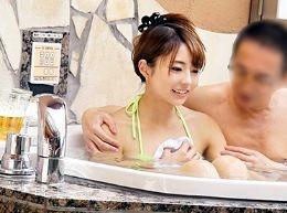【素人企画】美人OL部下と中年上司が2人きりでラブホ混浴!お互いの絆を深めすぎて理性崩壊の中出しセックスにw