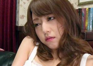 『なんか気持ちイイ…♡』巨乳女優が催眠をかけられ理性崩壊!朦朧とした意識のなかチンポを貪る昏睡ファック!