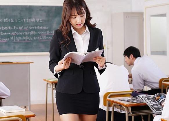 【三上悠亜】アイドル美女教師の卑猥なカラダに興奮する鬼畜生徒ども!性欲暴走して教室で襲いかかり輪姦レイプ!