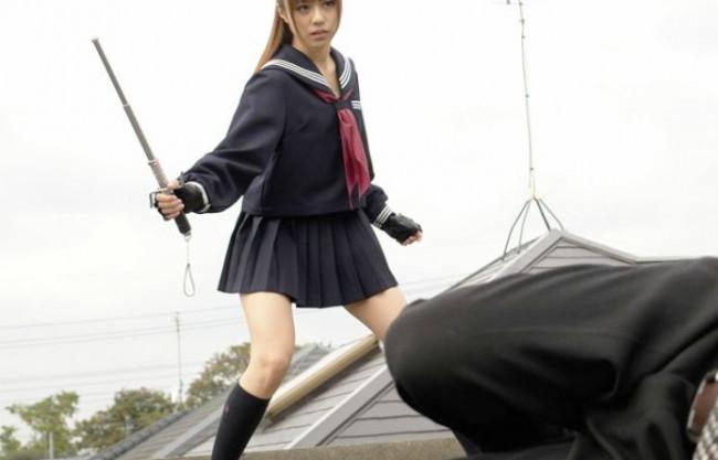 制服美少女の秘密捜査官が敵地へ単身潜入!あえなく捕らわれ鬼畜どものチンポを次々に咥えさせられる凌辱調教!