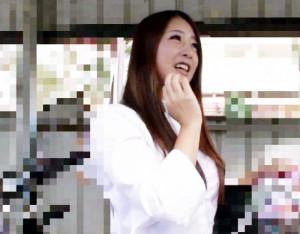 【熟女ナンパ】ママチャリ奥様に声をかけホテルへ連れ込み!即ハメチンポをブチ込み不倫セックスでどっぷり中出し!