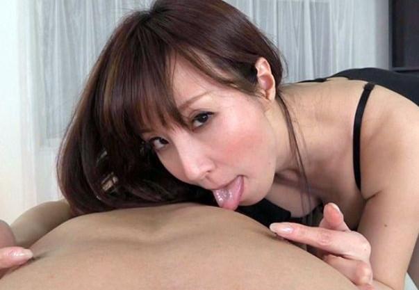 ◆澤村レイコ◆美人女優がドM男の乳首刺激で性感開発!ねちっこい快楽責めに変態チンポをおっ勃たせ我慢汁ドパー!