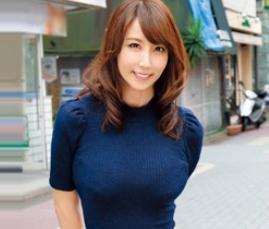 ◆澤村レイコ◆優しい巨乳奥様が中年おじさんと即ハメセックス!ドロッドロの特濃ザーメンをどっぷり中出しされる!