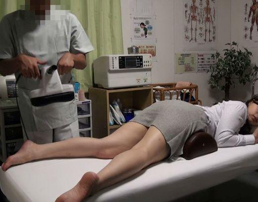 『そんなところまでぇ…』美人OLのお疲れボディがビクビク悶絶ww悪徳治療院で即ハメされすっきり膣内デトックスw