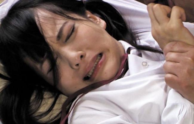 ◆あべみかこ◆制服美少女のスレンダーボディがクズどもの慰みものに!執拗な快楽調教で開発されたカラダが悶え狂う!