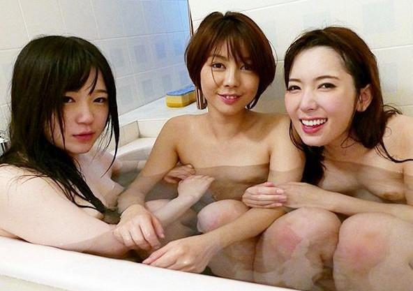 【レズ乱交】トップ女優3人がお酒と媚薬でノリノリ発情!ガンギマリマンコが濃厚レズセックスの快楽でイキ狂う!