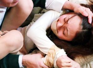 『お願いやめてぇ!』息子の家庭教師に欲情する変態オヤジ…問答無用でチンポをねじ込み犯す妄想で性欲解消ww