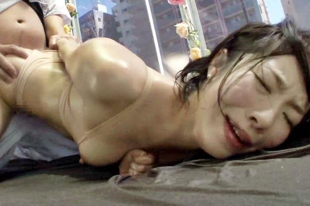 【MM号】ドスケベ奥さんが媚薬アロマでガンギマリwwご無沙汰マンコを発情させて他人チンポでキメパコ乱れイキ♡