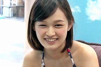 【MM号】ビキニ巨乳の女子大生お姉さんが童貞クンのオナサポ♡そのまま筆おろしで初物チンポにイカされちゃったww