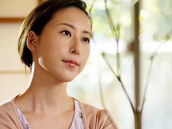 ◆松下紗栄子◆ウブで世間知らずな奥さんが荒々しいオスのチンポで悶絶。庭師の男に犯されて獣のようにハメまくる