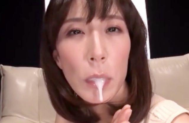 ドスケベ奥さんがドMチンポをジュポフェラ♡お口でザーメンを受け止めて騎乗位セックスで中出しするまでパコパコ♡