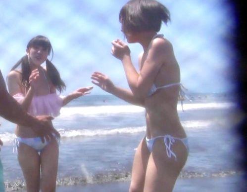 太陽の下でさんさんと輝くGカップ爆乳おっぱい!ビーチで見つけたショートヘア娘ナンパして絶品ボディとヤリまくる
