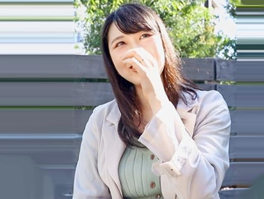 むっちり巨乳のドエロ奥さん。夫に内緒で小遣い稼ぎと他人のチンポに喰いつき腰振りまくる